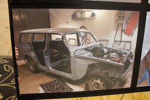 Den 53 år gamla Volvon demonterades och återmonterades två gånger under renoveringen.