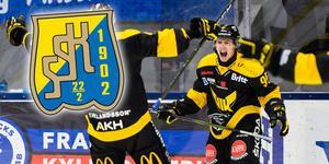 """Gustav Lindberg är ingen spelare för SSK:s fjärdekedja, enligt VLT-sportens Peter Hoffström: """"Han är en spelare som vill ha mycket puck och komma i fart genom mittzon"""". Foto: Bildbyrån."""