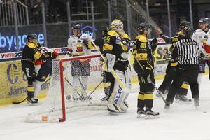 VIK mot Mariestad i playoff två 2018.