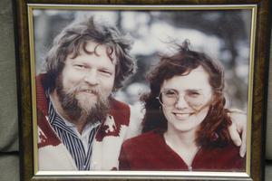 Den 11 augusti firar Bosse Kärvinge och hustrun Ing-Marie Edin-Kärvinge 40 år som gifta.