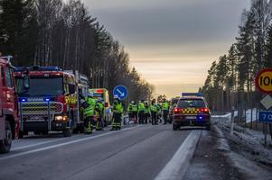 Det var på påskdagen som olyckan där två bilar kolliderade. Anne-Elisabeth Schelbred från Säter fick föras med ambulans från platsen.Foto: Niklas Hagman