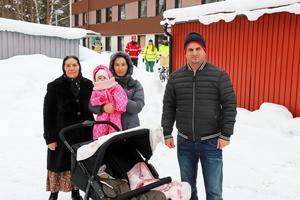 Ibrahim Akil med hans fru Nurgül, svärmor och barn.