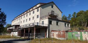 Hotell Tänninge förfaller. Foto: Privat