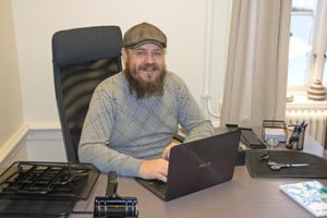 Lars-Erik Ranto satte sig tillrätta i Hedemora handlingskrafts lokaler i början på veckan.