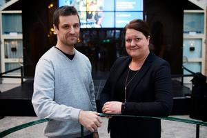 Christer Hägglund är ordförande i Sundsvalls fotoklubb och Tina Barreby är projektledare för Riskfotoutställningen som kommer till Sundsvall i början på maj.