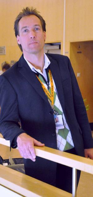 Patrik Byström försvarar kommunens linje att behandla alla föreningar lika.Foto: Emma Granberg