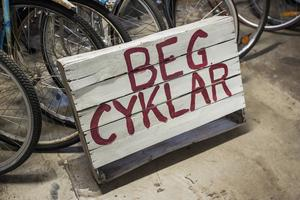 Tobias Messing renoverar även gamla cyklar.