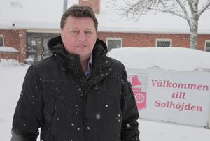 Enligt Bärkehus styrelseordförande, Ingemar Hellström (S), har några anmält sitt intresse för de planerade lägenheterna innan ens upphandlingen av ombyggnaden har inletts.