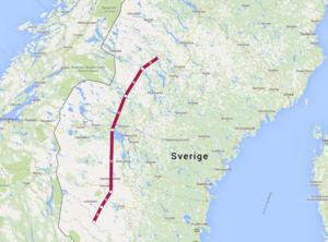 Öster om den streckade linjen ska det enligt SMHI vara brandrisk i länet.