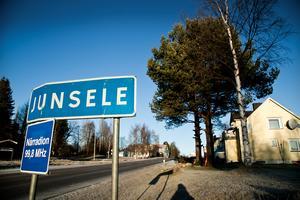 Enligt  statistiken från SCB är det i Junsele och landsbygden däromkring som  den genomsnittliga årsinkomst är klart lägst i Västernorrland.