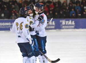 Patrik Allansson-Roos, glad efter två mål  men framförallt två poäng.