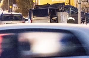 Poliser på en central plats i Sundsvall.