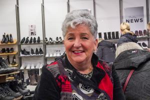 Eva Broberg passade på att leta sådana där förnuftiga skor inför vintern.