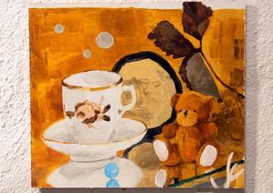 Nallebjörnen återkommer ofta i Åsa Larssons målningar.