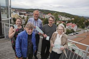 Ludvika Filmstudio är på topp på alla sätt och vis. Nu lockar från vänster Emma Ehrin, Bengt-Åke Malmqvist, Jörgen Gunnarson, Yngve Petersson och Åsa Fridholm med en filmhöst som lovar att bli något utöver det vanliga.