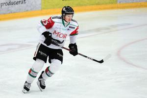 Patrik Andersson tvingas sluta med ishockey efter sex hjärnskakningar på relativt kort tid.