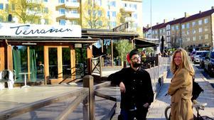 Terrassen blev näst bäst i vårt uteserveringstest där Bawar Ismail och Maria Carlsson ingick i panelen.
