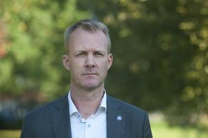 Mikael Johansson (M) menar att ytterligare kompensation till Region Kronoberg är nödvändigt.