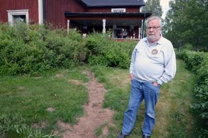 Malte Sandström tycker att det är en skandal hur  fiberutbyggnaden i Nås har skötts.
