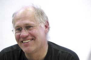 Peter Tillberg i samband med en utställning i Rättvik 2003.