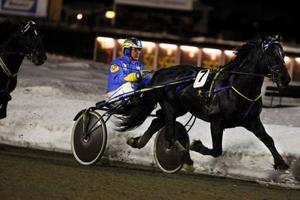 Järvsöfaks seger nummer 187 borde ha varit en i mängden – men i och med att segerchecken på 15 000 kronor fick startprissumman att ticka över 20 000 000 kronor blev ändå måndagen 9 mars något extra att minnas.