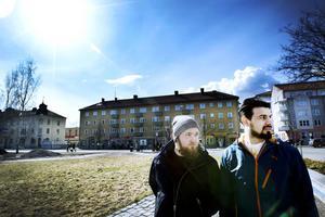 Marcus Grundström och Raad Al-Duhan tycker att SD:arnas Facebookaktiviteter är skrämmande.