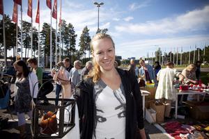 FYNDIG. Sara Fernis från Sandviken hade fyndat en del till sin nya lägenhet. Men loppis och auktioner är också hennes stora intresse.