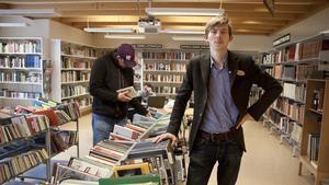 Erik Wisell, bibliotekarie, under Världsbokdagen.
