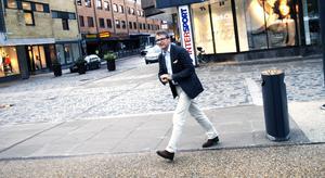 Vart är Göran Hägglund på väg?