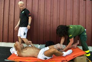 Det tunga nyförvärvet Pekka Lagerblom hann spela 64 minuter för Ånge IF innan han blev knäskadad och efter matchen fördes han till sjukhus med ambulans.