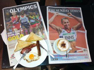 Frukostläsning efter de tre OS-gulden för Storbritannien.
