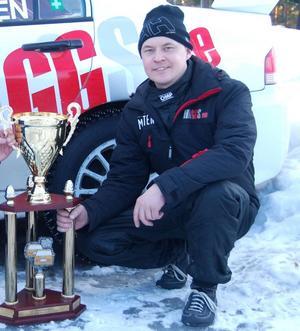 Niklas Hägg vann klassen Otrimmat fyrhjulsdrivet i Östersund Winter Rally.