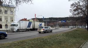 Den tunga trafiken genom Sundsvall har minskat med över 50 procent. Det har gett resultat att luften förbättrats.