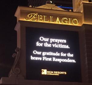 Kasinonas enorma reklamskyltar släcktes, och fylldes istället av tankar kring katastrofen.