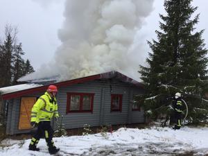 Ett elfel tros vara orsaken till brandutvecklingen.