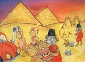 Under sin resa runt om i världen har björnen Junior hamnat i Egypten.