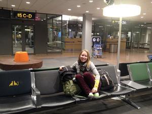 Första månaden i experimentet reste de runt i europa med endast en ryggsäck var med prylar och kläder.
