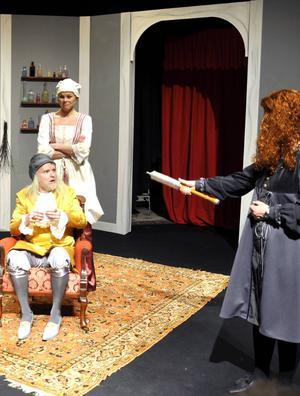 Hackås teaterverkstad gästspelar med sin