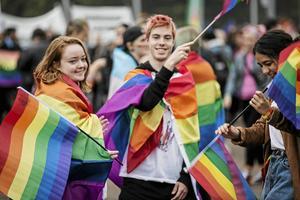 Prideparaden i Falun.