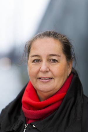 CSN:s generaldirektör Christina Gellerbrant Hagberg får 107600 kronor i månaden. Det gör henne till den bäst betalda av de myndighetschefer ST har granskat.