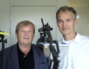 Reportrarna Klas Leffler och Ove Öst står