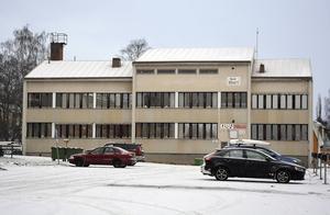 Gamla kommunhuset kan förses med en offentlig samlingslokal.