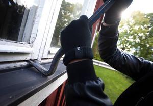 Ett inbrott har begåtts i ett fritidshus i Hysta utanför Stora Skedvi. OBS: Bilden är arrangerad.