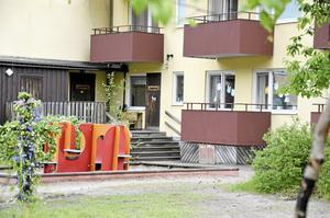 Gamla lokaler. 1984 startade förskolan Linnéan i ombyggda lägenheter på von Boijområdet.