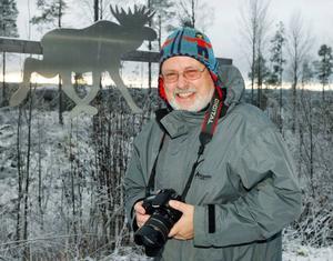 Staffan Lagerström har redan fått en beställning på en tidning som ska handla om Glösa i Alsen. Foto: Jan Andersson