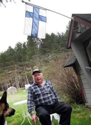 I dag fyhller Reijo Nyrönen 60 år. Och han fortsätter med folkrace genom sonen Micke som han brukar hjälpa.