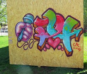 Årets graffitivägg utanför Länsmuseet, lever redan.   Foto: Bodil Juggas