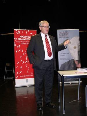 Lars Nylén och nedan, beviset på hans medlemskap.