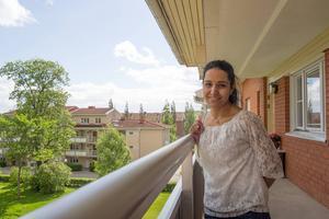 Jaleh Warner är uppvuxen i Iran och flyttade som vuxen till Sverige. Hon trivs utmärkt i Bollnäs, som är en alldeles lagom stad.