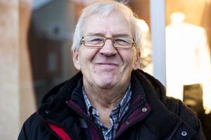 Bertil Forslund, Kroksta:– Som liten ville jag bli kock hos kungen. Jag blev egenföretagare och tillverkade robotar. Nu är jag pensionär.